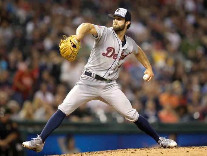 Detroit Tigers starting pitcher Daniel Norris delivers