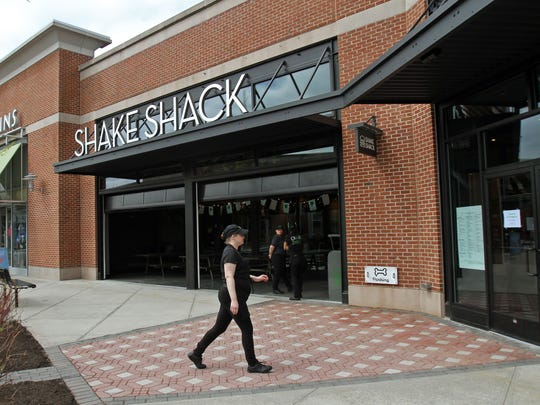 Shake Shack and True Food Kitchen are coming to Menlo Park Mall in Edison.