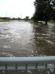 Flooding of the Rock river in Waupun. Photos for The Reporter by Jenny Nisler.