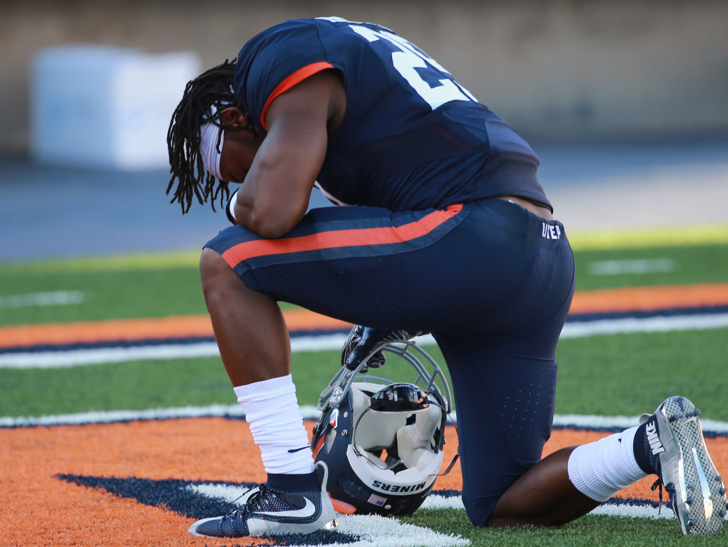 UTEP's Aaron Jones pauses in the end zone prior to