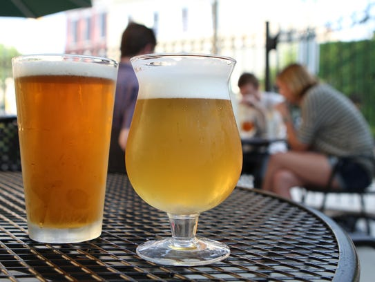 A Captain Lawrence Saison and an Allagash Witte in