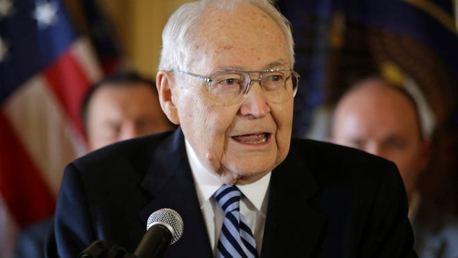 As a church leader, Elder L. Tom Perry became known for his affability and optimism and for being unpretentious.
