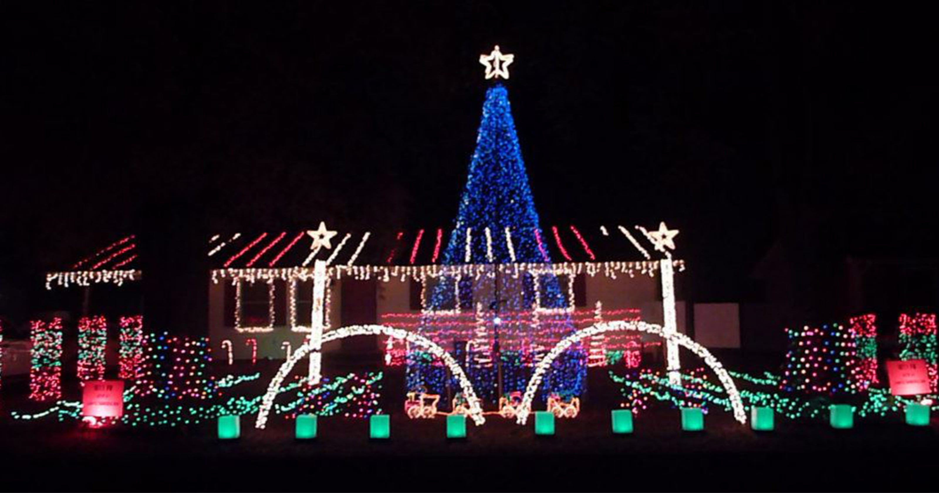 Neighborhoods with most outrageous Christmas lights in every state