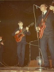 The Elites on Nov. of 1967 playing on stage