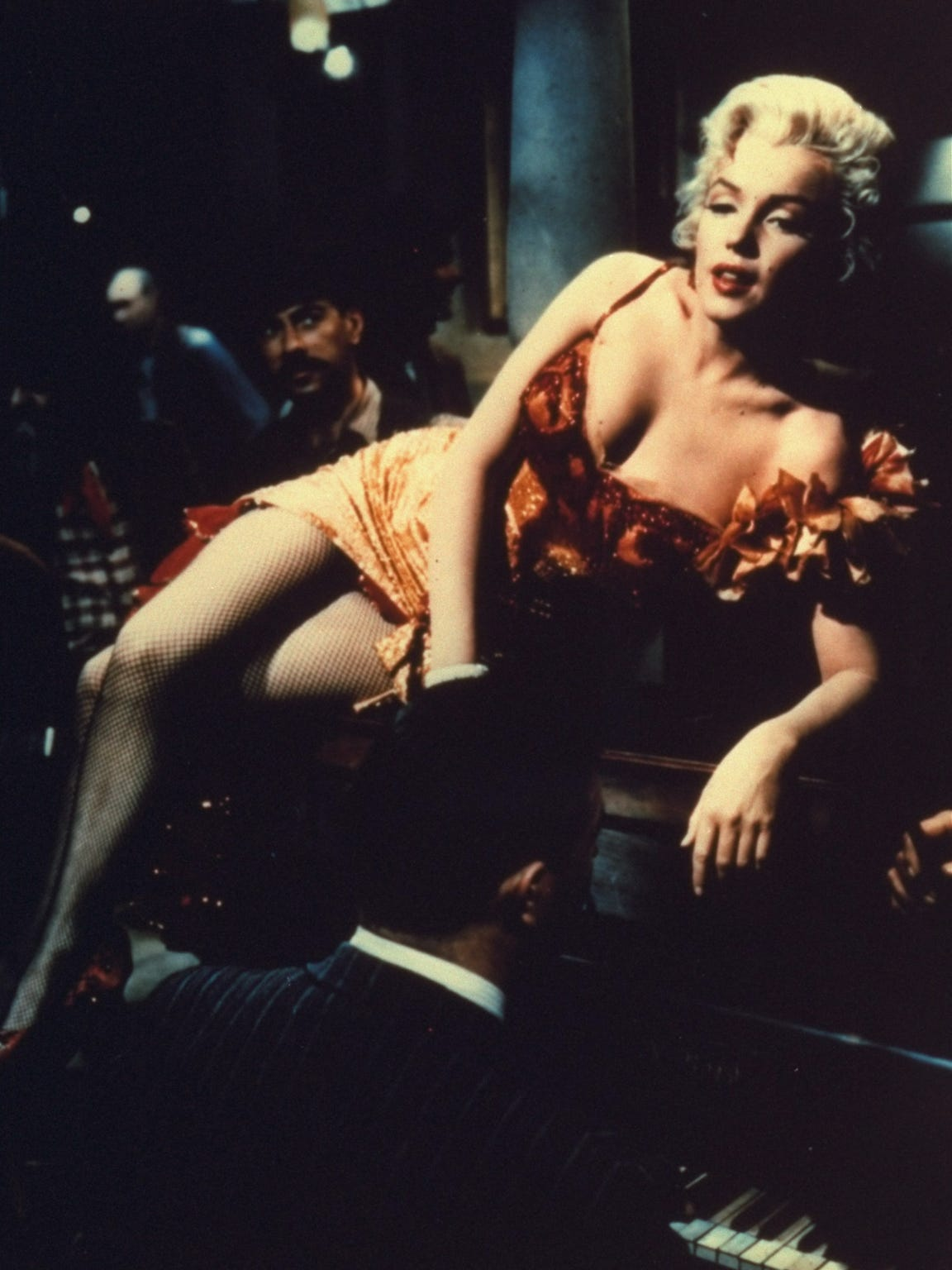 Marilyn Monroe plays a saloon entertainer in this scene