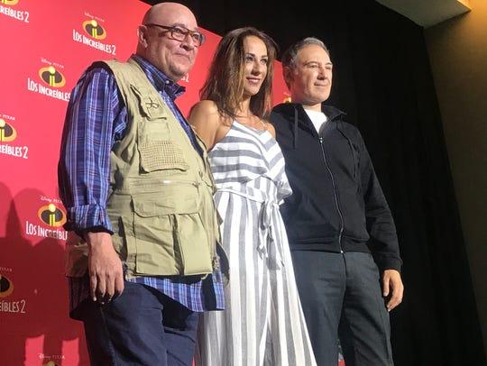 Víctor Trujillo, Consuelo Duval y Darío T. Pie, forman