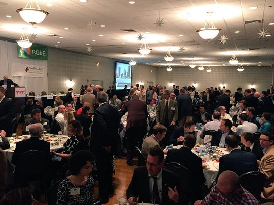 The crowd at the annual Downtown Rising luncheon.