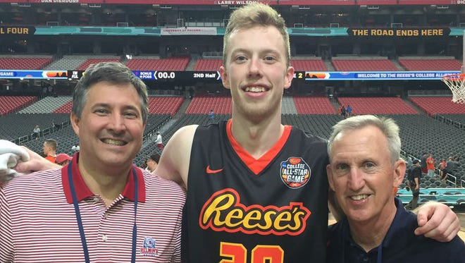 Belmont's Evan Bradds, middle, with athletic director Scott Corley, left, and coach Rick Byrd at the Reese's College All-Star Game in Phoenix on March 31, 2017.
