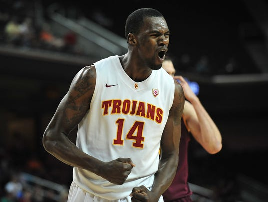 9-4-dewayne-dedmon-warriors