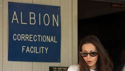 Amy Fisher leaves Albion.