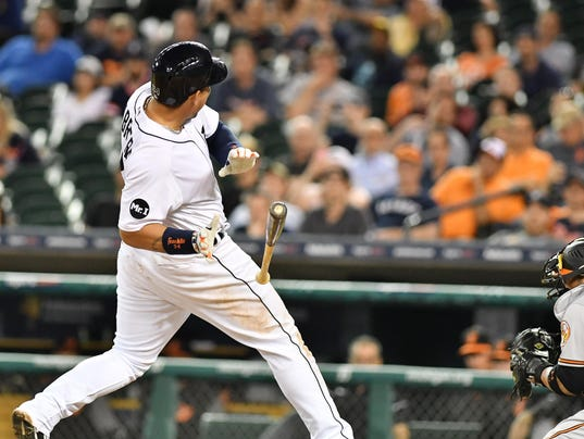 2017-0516-rb-tigers-orioles1390