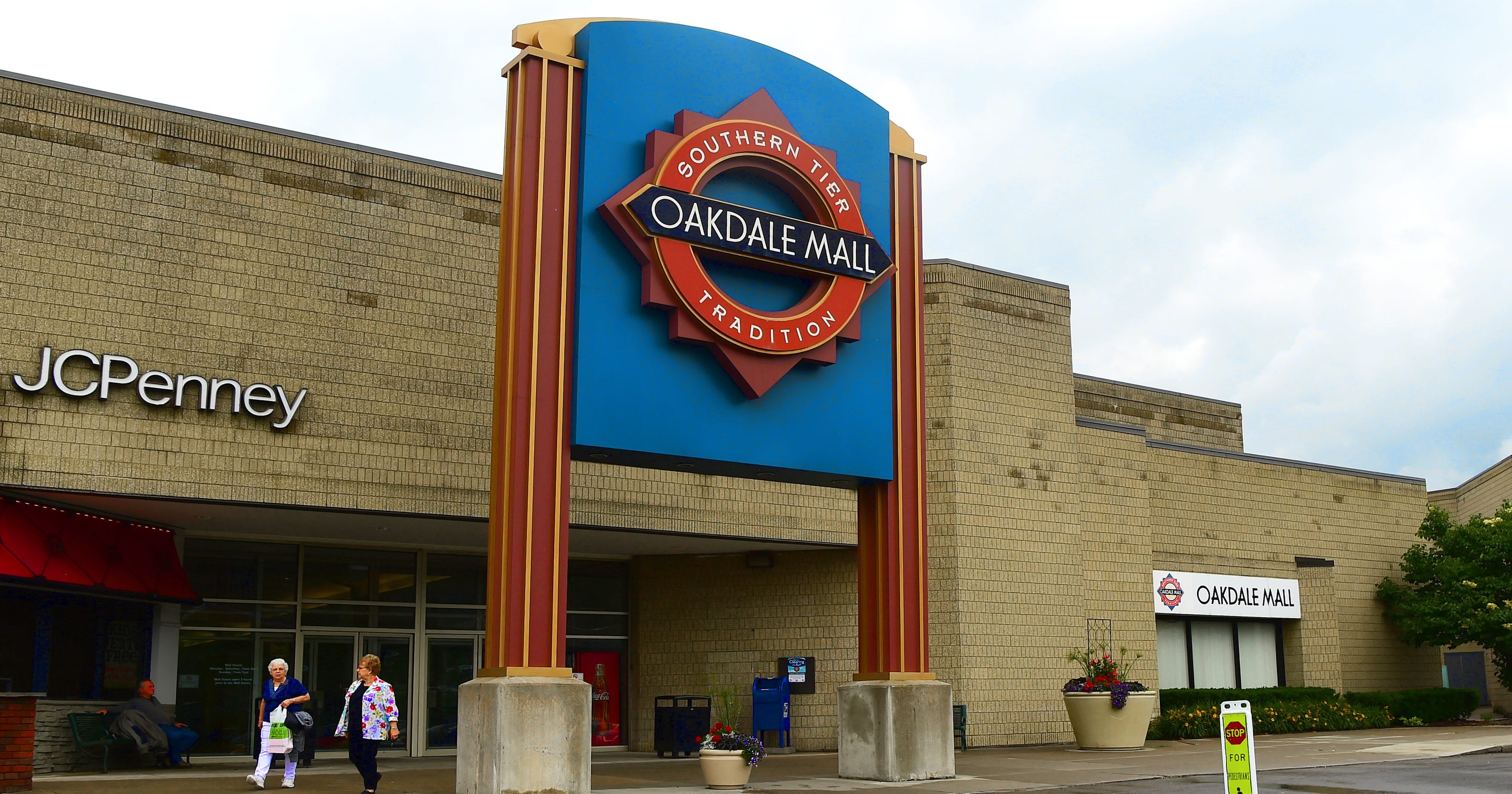 b85dcc01c Oakdale Mall: What you need to know
