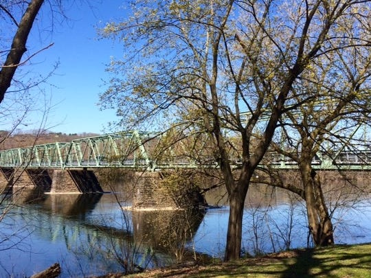 The Uhlerstown–Frenchtown Bridge.