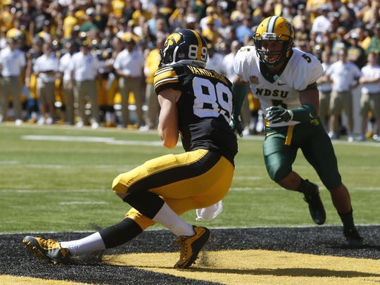 Iowa wide receiver Matt Vandeberg makes a catch in the end zone for the touchdown Saturday, Sept. 17, 2016, during the Hawkeyes' game against North Dakota State at Kinnick Stadium in Iowa City.