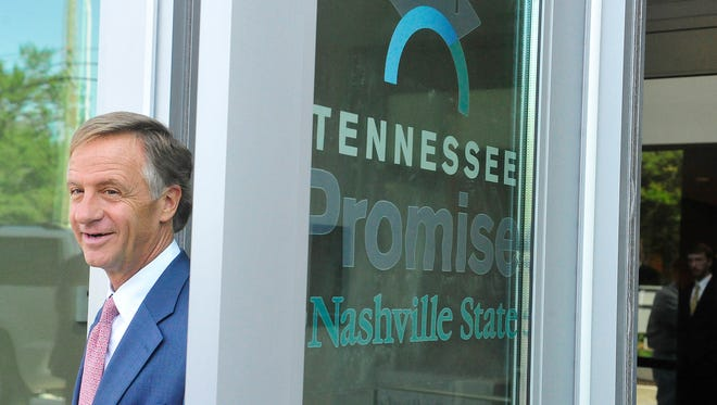 Gov. Bill Haslam visits Nashville State Community College to check in on Tennessee Promise students.