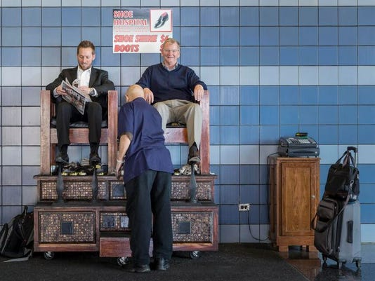 636450575665009168-Chicago-O-Hare-Shoe-Hospital-shoeshine-stand-in-the-B-C-Tunnel---courtesy-Chicago-Dept-of-Aviation.jpg