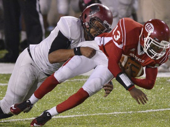 Prattville's Dytarious Johnson (57), left, made 146