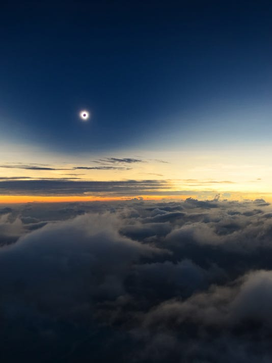 XXX TOTALITY-FROM-ABOVE-THE-CLOUDS-©-CATALIN-BELDEA-LOW-RES.JPG