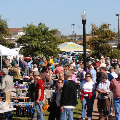 A large crowd enjoyed shopping with local vendors at