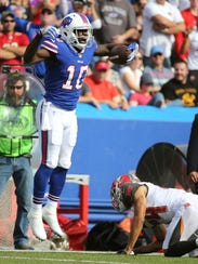 Bills receiver Deonte Thompson had 4 catches for 107