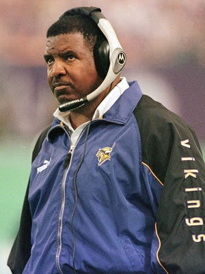 Former Minnesota Viking coach Dennis Green died on Friday. He was 67.