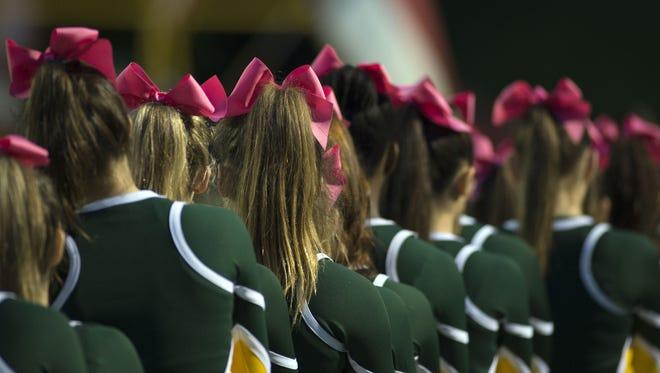 Reynolds cheerleaders