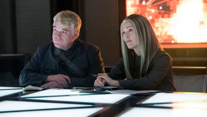 Philip Seymour Hoffman gets a final salute in 'Mockingjay'