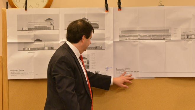 Attorney Robert Inglima Jr. explains the blueprints of the planned Wawa on Route 17 at a 2015 meeting.