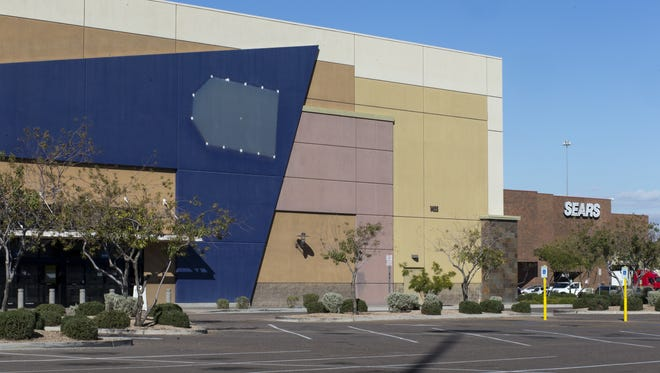 The former Best Buy at Fiesta Mall in Mesa now sits empty on January 5, 2017.