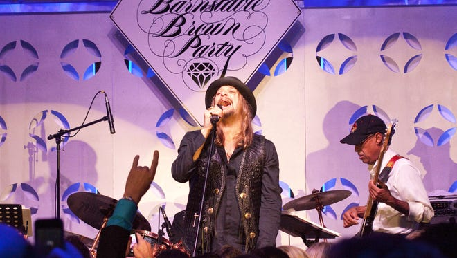 Singer Kid Rock took to the late set at the annual Barnstable Brown Derby Eve Gala.