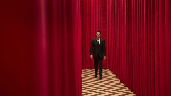 FBI Special Agent Dale Cooper remains in the baffling Red Room when 'Twin Peaks' returns on Showtime.