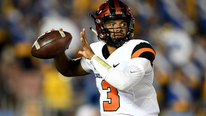 Oregon State Beavers quarterback Marcus McMaryion (3) passes against the UCLA Bruins during the first half of a NCAA football game at Rose Bowl. Mandatory Credit: Kirby Lee-USA TODAY Sports