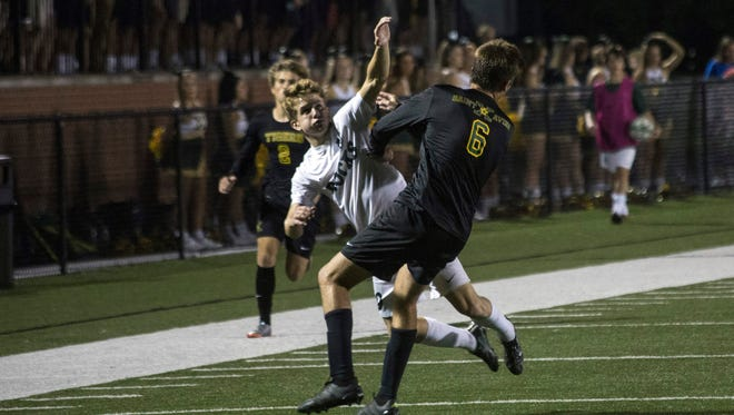 St. Xavier battled Trinity in soccer on Wednesday night in a showdown between the city's most historic programs. 9/27/17