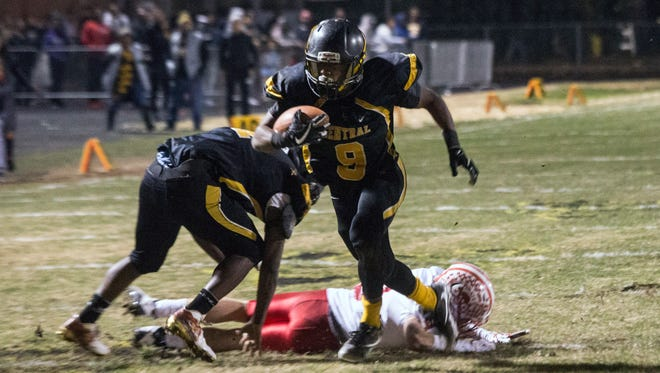 Central's Mykah Williams scored in the second half against Belfry on a 9-yard run. 11/17/17