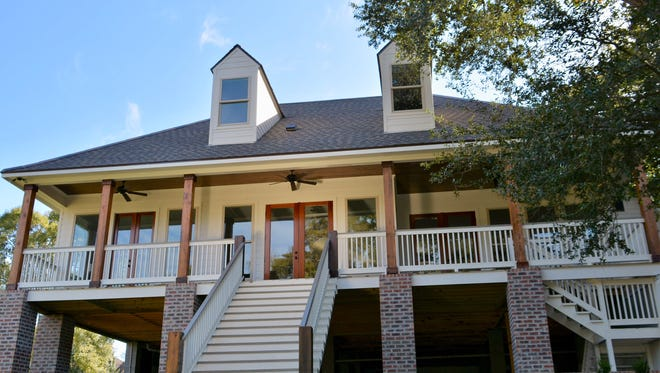 This4 bedroom, 3 bath home has3,700 square feet of living area and is located at220 SteinerRoad in Lafayette. It is listed at $985,000.