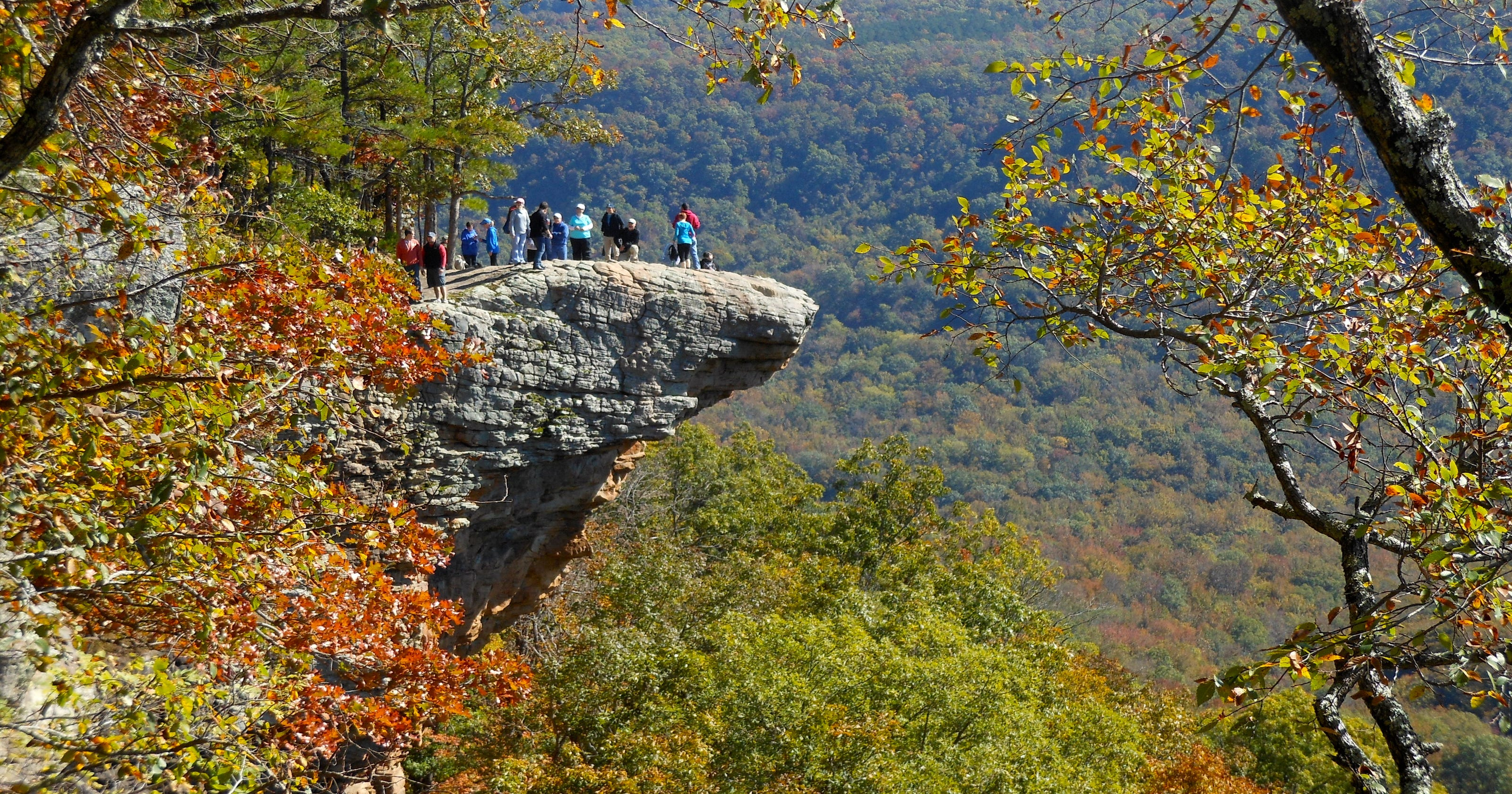 Young hiker killed in fall at Hawksbill Crag