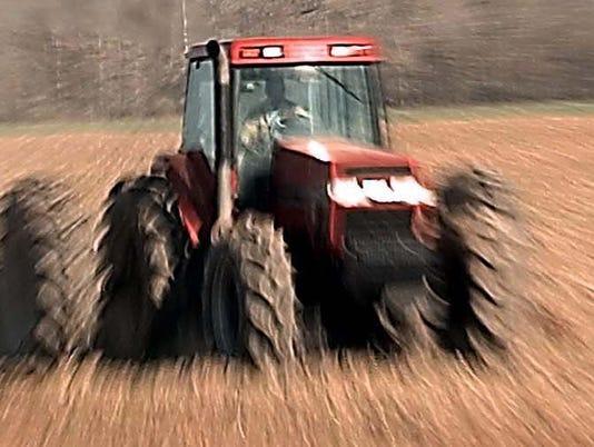 farm- tractor 2