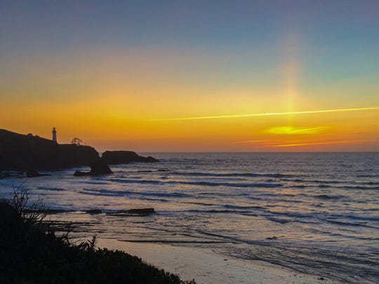 Starfish Cove on the Oregon Coast at sunset.