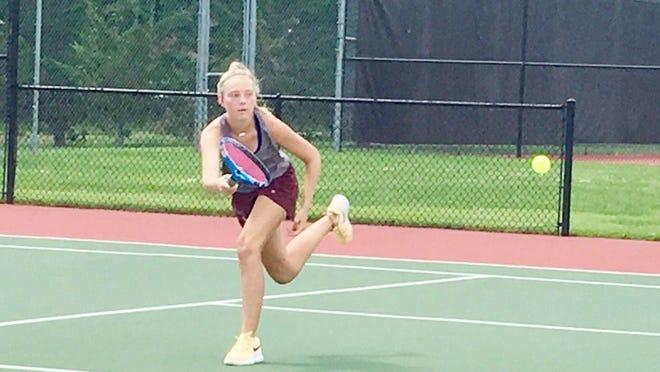 Seaman senior Elise Schreiner won the singles title in Saturday's Class 5A girls tennis regional at De Soto.