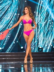 Miss France Iris Mittenaere is crowned Miss Universe 2017