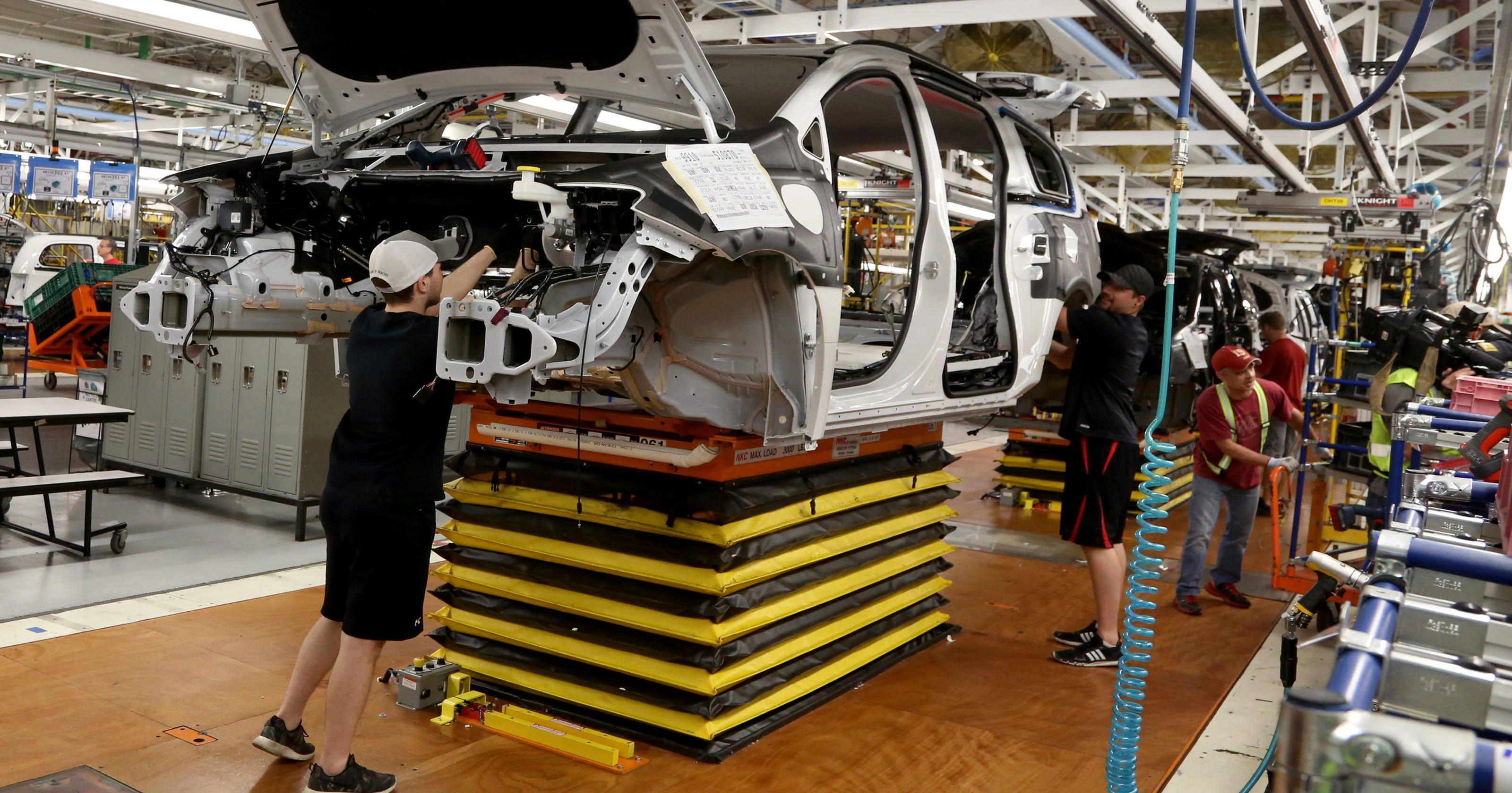 fiat chrysler automobiles cuts production  risk   jobs