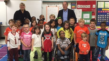 Mrs. Cooper's first-grade students at Sara Collins Elementary wrote an email to Greenville Mayor Knox White and he came to visit the students to answer their questions.