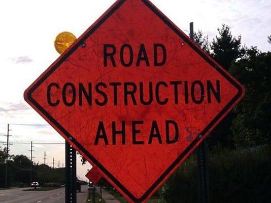 roadwork_11883211_ver1.0_640_480.jpg
