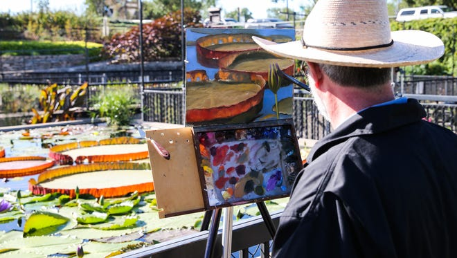 Artists paint at International Waterlily Collection in Civic League Park during EnPleinAir TEXAS event in 2017. The 2020 event is planned for October.