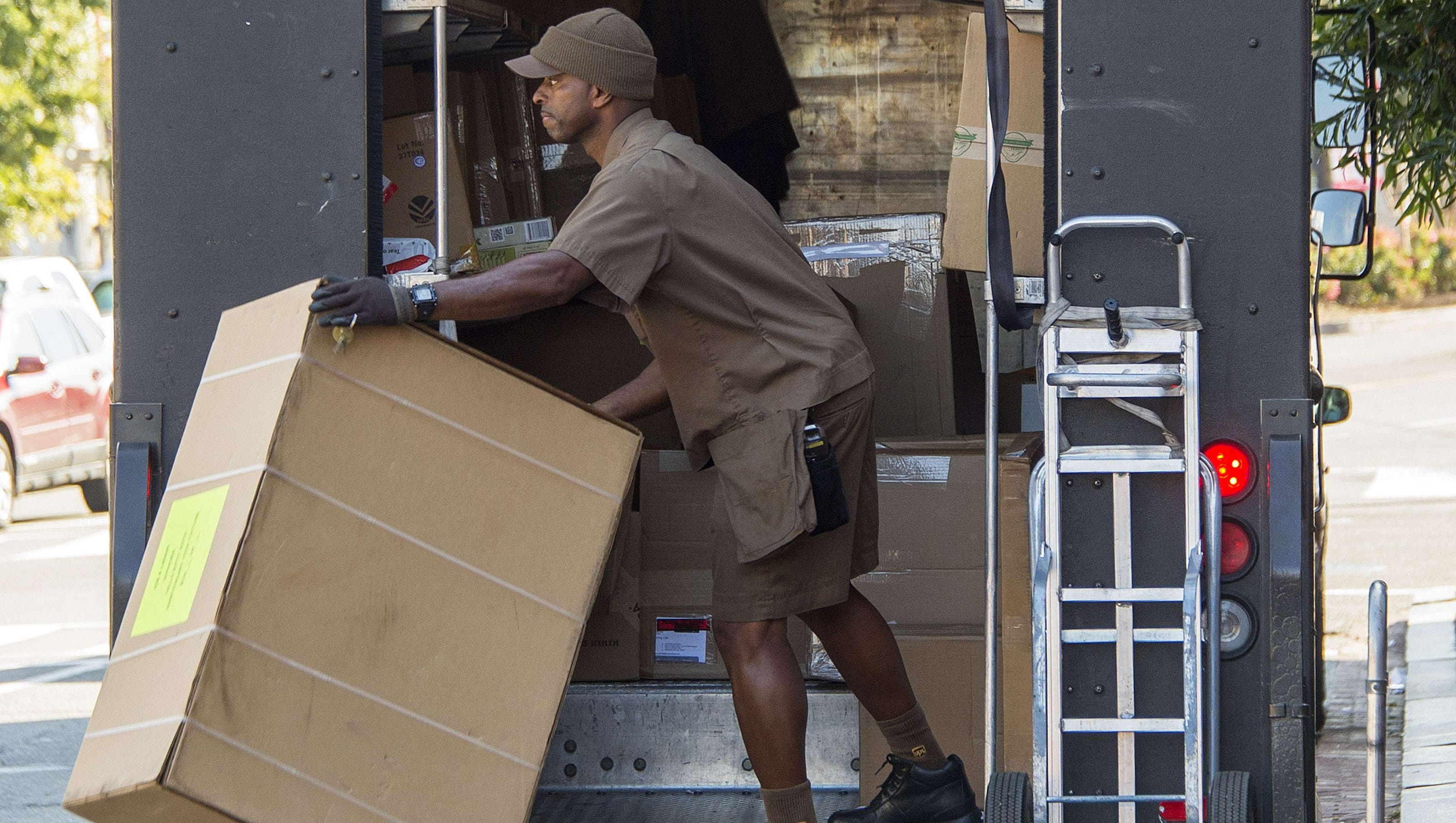 UPS allows employees to have natural Black hairstyles and ...