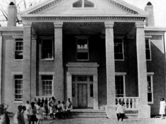 Ile Copal as school - 1920s - Lafayette Memories