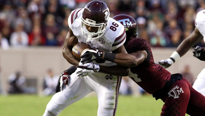 Mississippi State Bulldogs wide receiver Jesse Jackson (86) runs after a catch in the first quarter against Texas A&M.