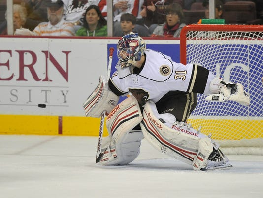 Hershey Bears goaltender Philipp Grubauer will be making his return to Giant Center tonight for Game 3 against the Worcester Sharks after being re-assigned by the Washington Capitals.