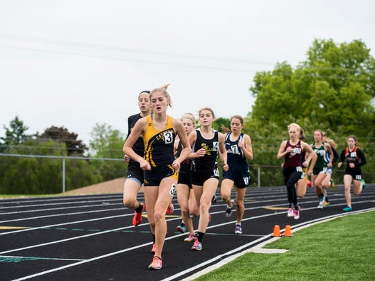 Eastern York's Maddie McLain leads the pack in the