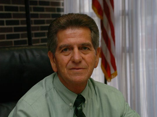 District H incumbent Darrell Rodriguez is running against Al Davis for a seat on the Rapides Parish School Board.
